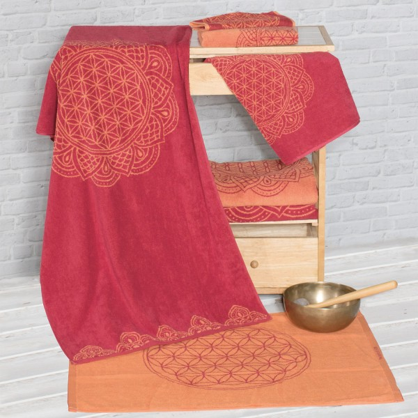 Bath towel Flower of Life ruby red / coral